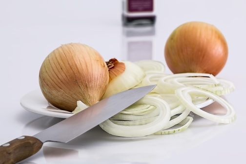 onion-slice-knife-food-37912
